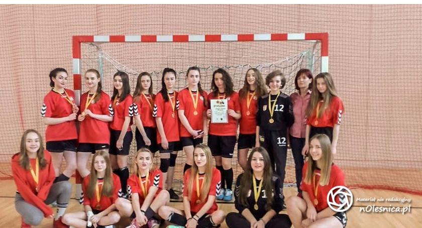 Sport, Mistrzostwa Powiatu Piłce Ręcznej - zdjęcie, fotografia