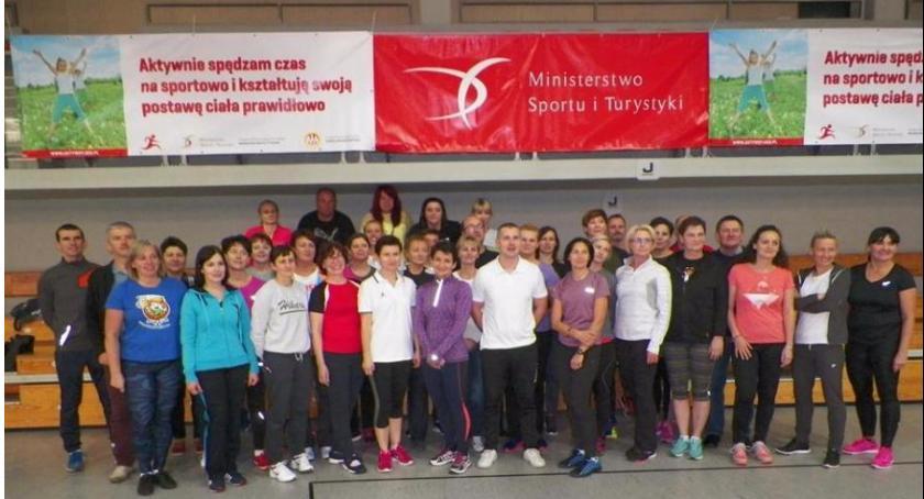 Sport, Nauczyciele szkolili Atolu - zdjęcie, fotografia