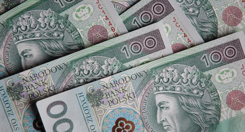 Finanse, Finanse Polaków wyglądają innych krajów - zdjęcie, fotografia